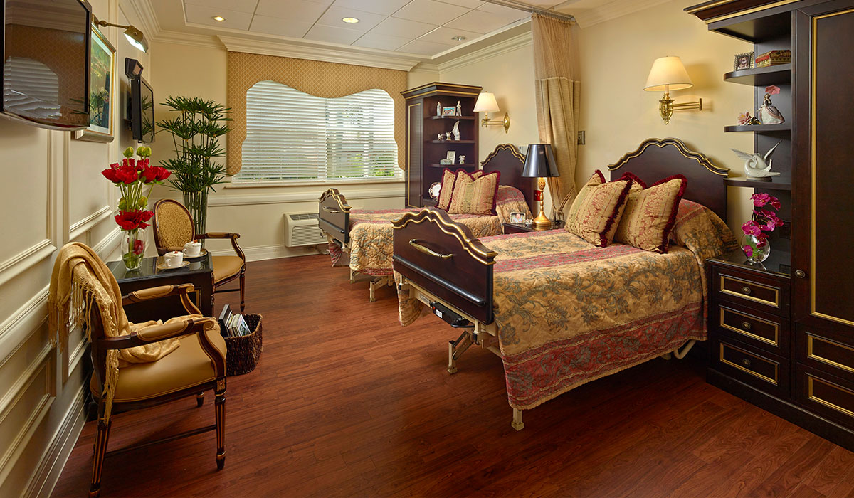 the palace nursing and rehab center bedroom