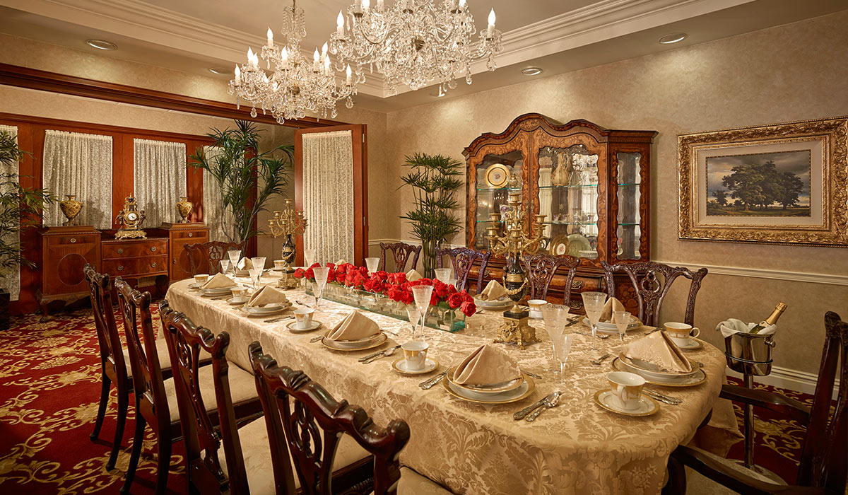 The Palace Suites Independent Living in Miami - Private Dining Room